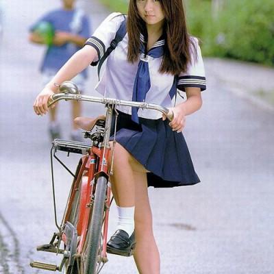 久保 亜紗香 - Photo #4