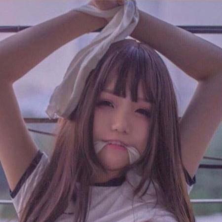 anglela123's avatar