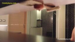 盗撮 - ホテルの大学ガールシャワー 2