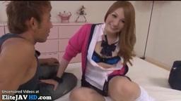 日本のランダム女子高生は性交を受け入れます