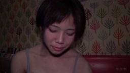 FC2PPV 879291 オフパコ配信者まさる ナオ19歳 ショートカット女子とカラオケでリアルガチSEX! 01