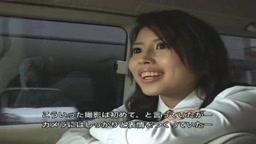 地方で見つけた菊○怜似の本物美人銀行員が仕事中にAVデビュー
