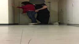 【個人撮影】駅でナンパしたヤリマンと野外立ちバック