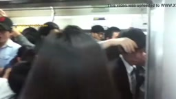 中国の満員電車